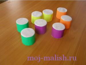Обклеиваем цветной бумагой