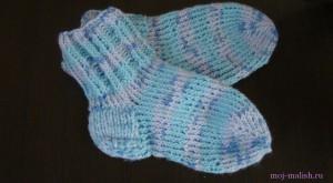 Как вязать носки детям?