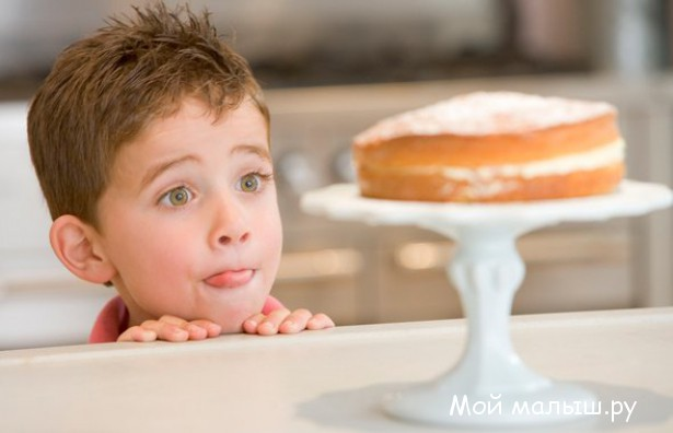 Сладости в жизни ребенка